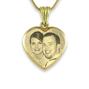 Gold Plate Deluxe Bevelled Medium Heart Photo Pendant