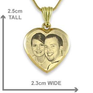 Gold Plate Deluxe Bevelled Medium Heart Photo Pendant Gold Plate Deluxe Bevelled Medium Heart Photo Pendant