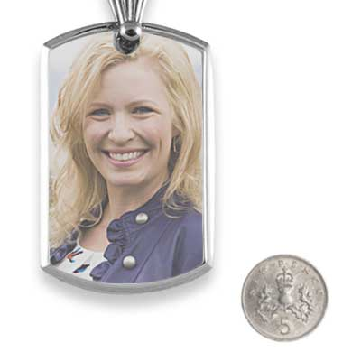 Bevelled printed colour portrait pendant with 5p scale