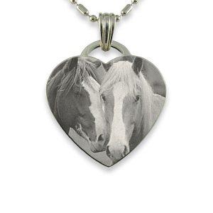 engraved-medium-silver-drop-heart-photo-pendant_2.jpg