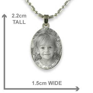Dimensions of Silver 925 Mini Oval Photo Pendant