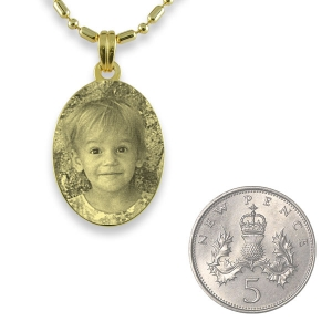 5p Scale of Gold Plated Mini Oval Photo Pendant