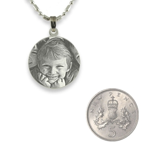 5p Scale of Silver 925 Mini Round Photo Pendant