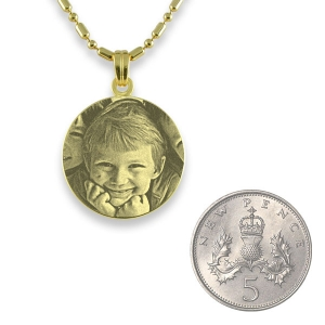 5p Scale of Gold Plated 925 Silver Mini Round Pendant