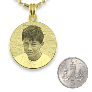 5p Scale of Gold Plated 925 Silver Medium Round Photo Pendant