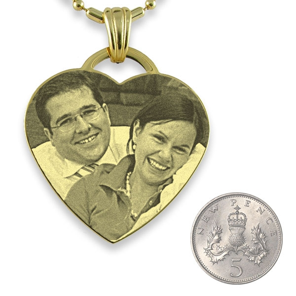 5p Scale of Gold Plate Drop Heart Photo Pendant