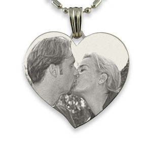 silver-925-engraved-large-heart-photo-pendant_3.jpg