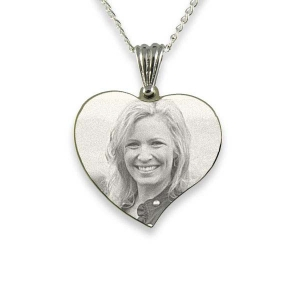 small-heart-silver-photo-pendant_2.jpg