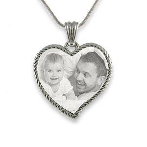stainless-steel-medium-rope-heart-photo-pendant_3.jpg